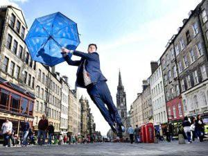 Фестиваль в Эдинбурге вызвал рост цен в гостиницах на 39%